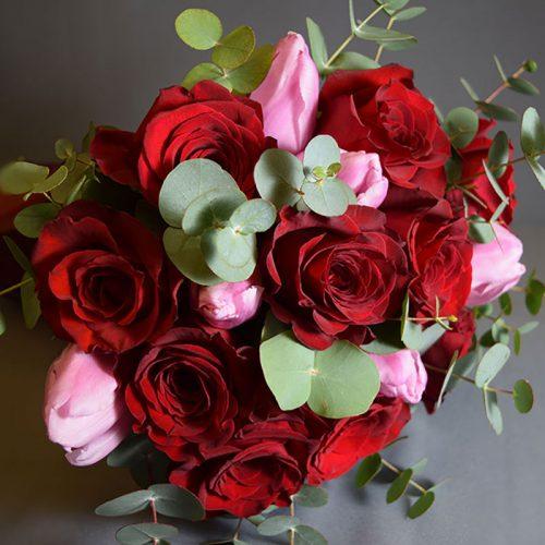 Cvjećarnica Fani_Buketi_Crveni poljubac srednji