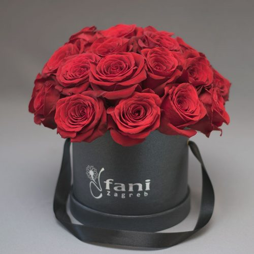 Crvene ruže u crnoj deluxe kutiji M_Cvjećarnica Fani