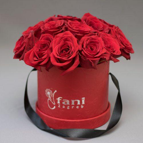 Crvene ruže u crvenoj deluxe kutiji S_Cvjećarnica Fani