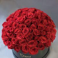 buket-crvene-ruže-u-kutiji-flowerbox