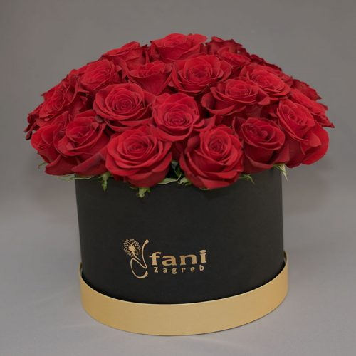 Cvjećarnica Fani_Flowerbox_Crvene ruže u crnoj kutiji